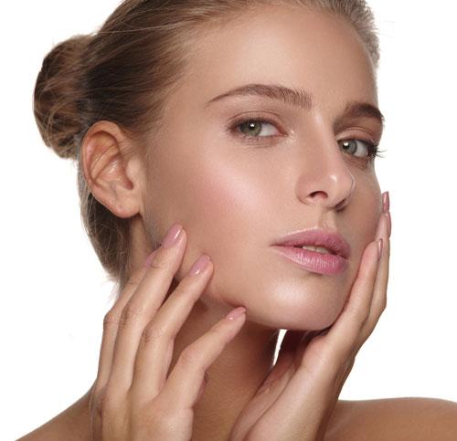 docteur adjadj chirurgie plastique médecine esthétique injection acide hyaluronique rajeunissement facial beauté peau éclat comblement