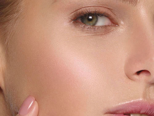 docteur adjadj pommettes chirurgie plastique médecine esthétique rajeunissement visage beauté acide hyaluronique graisse injection ovale visage médecine